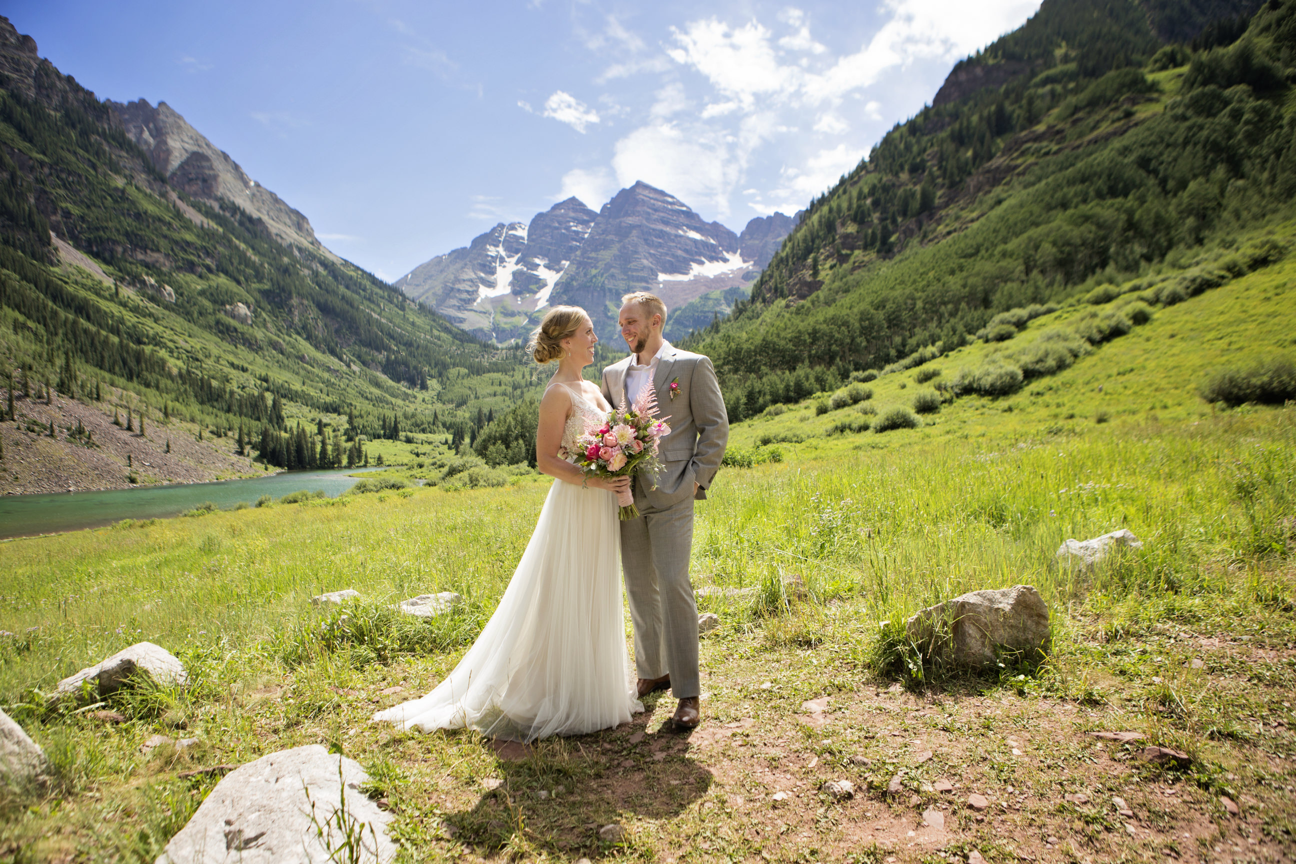 Wedding at Maroon Bells in Aspen Colorado | Windfirm Photography