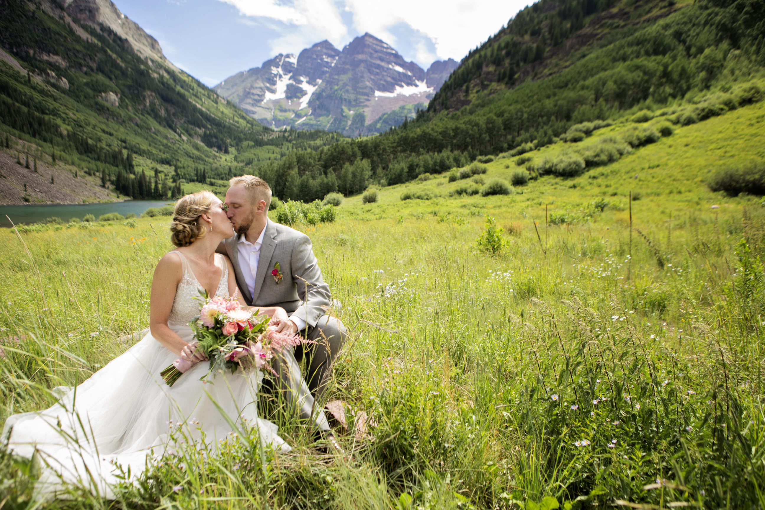 Aspen Wedding Photo at Maroon Bells | Windfirm Photography